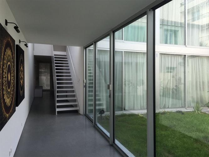 Construction d'une maison contemporaine : Couloir