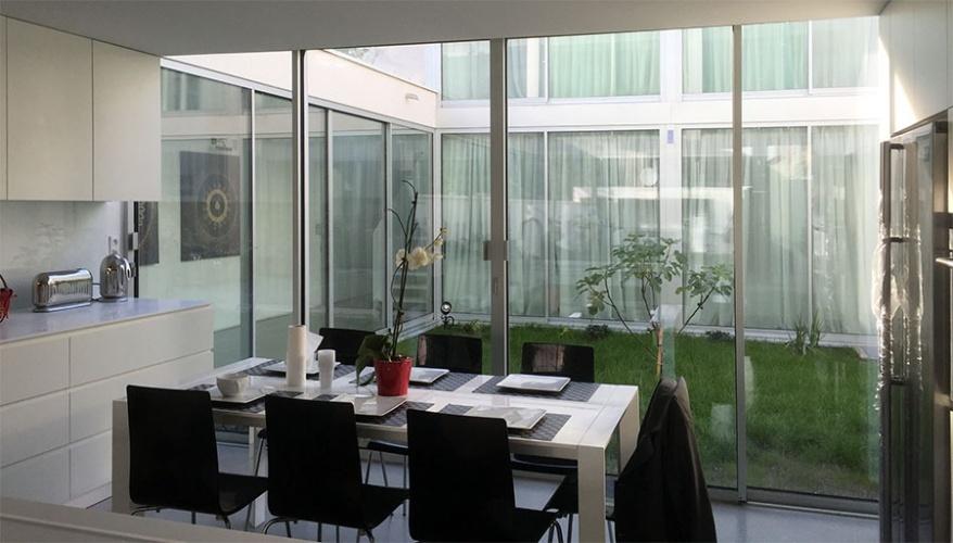 Construction d'une maison contemporaine : Salle à manger