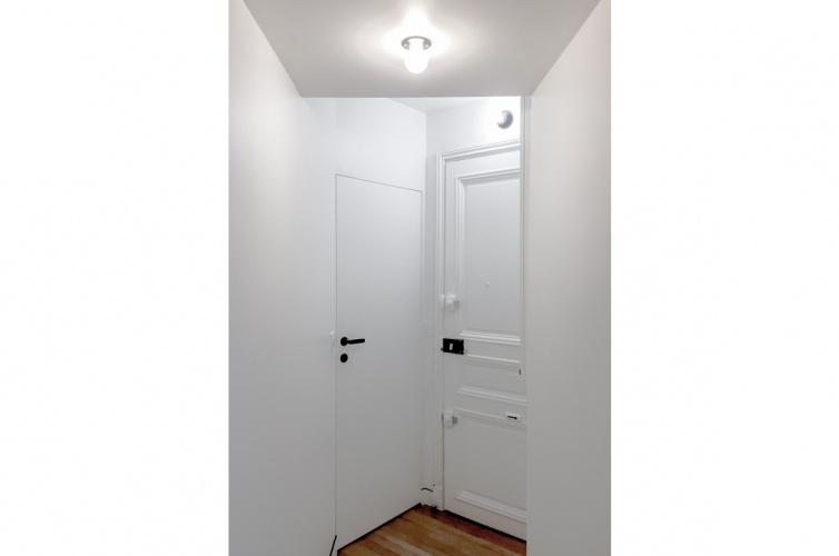 LUXEMBOURG : architecte-restructuration-appartement-porte-invisible-AREA-Studio