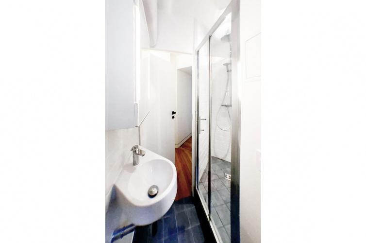LUXEMBOURG : architecte-restructuration-appartement-douche-a-l\'italienne-AREA-Studio