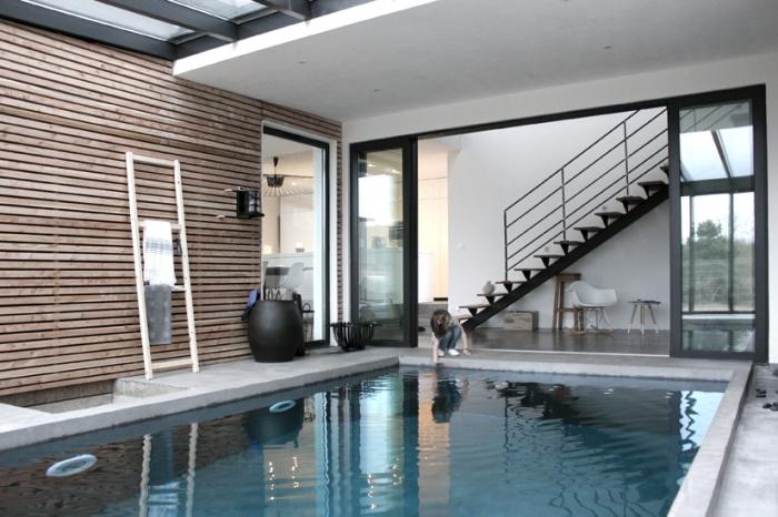 Maison ossature bois : Maison architecte chessy piscine