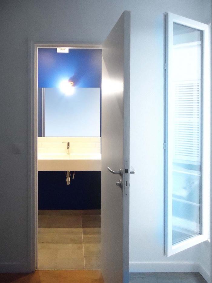 APPARTEMENT T2 : salle de bain